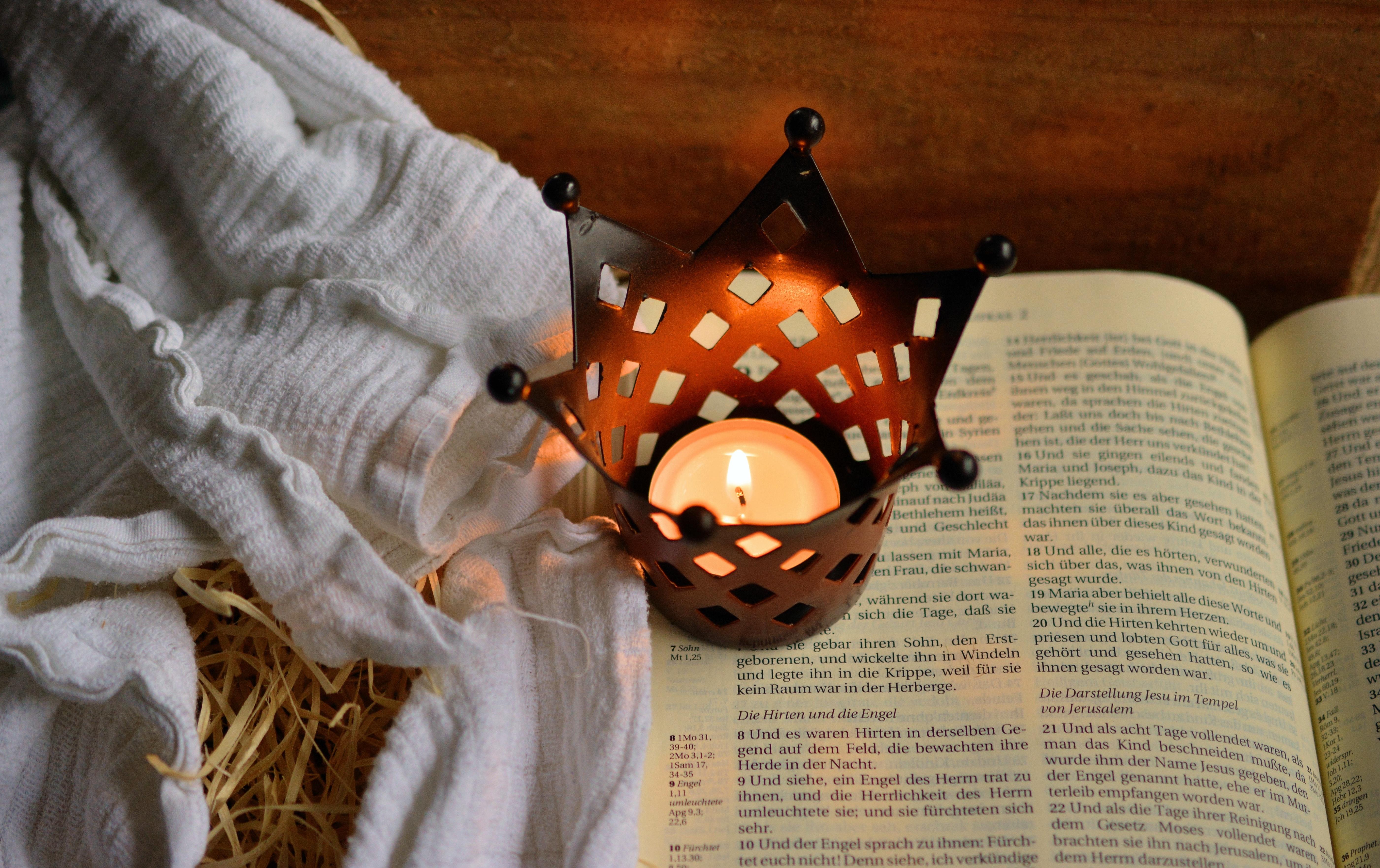 bible-candle-christianity-236326